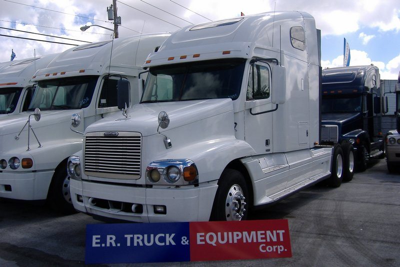 Truck 1999 Freightliner CENTURY For Sale