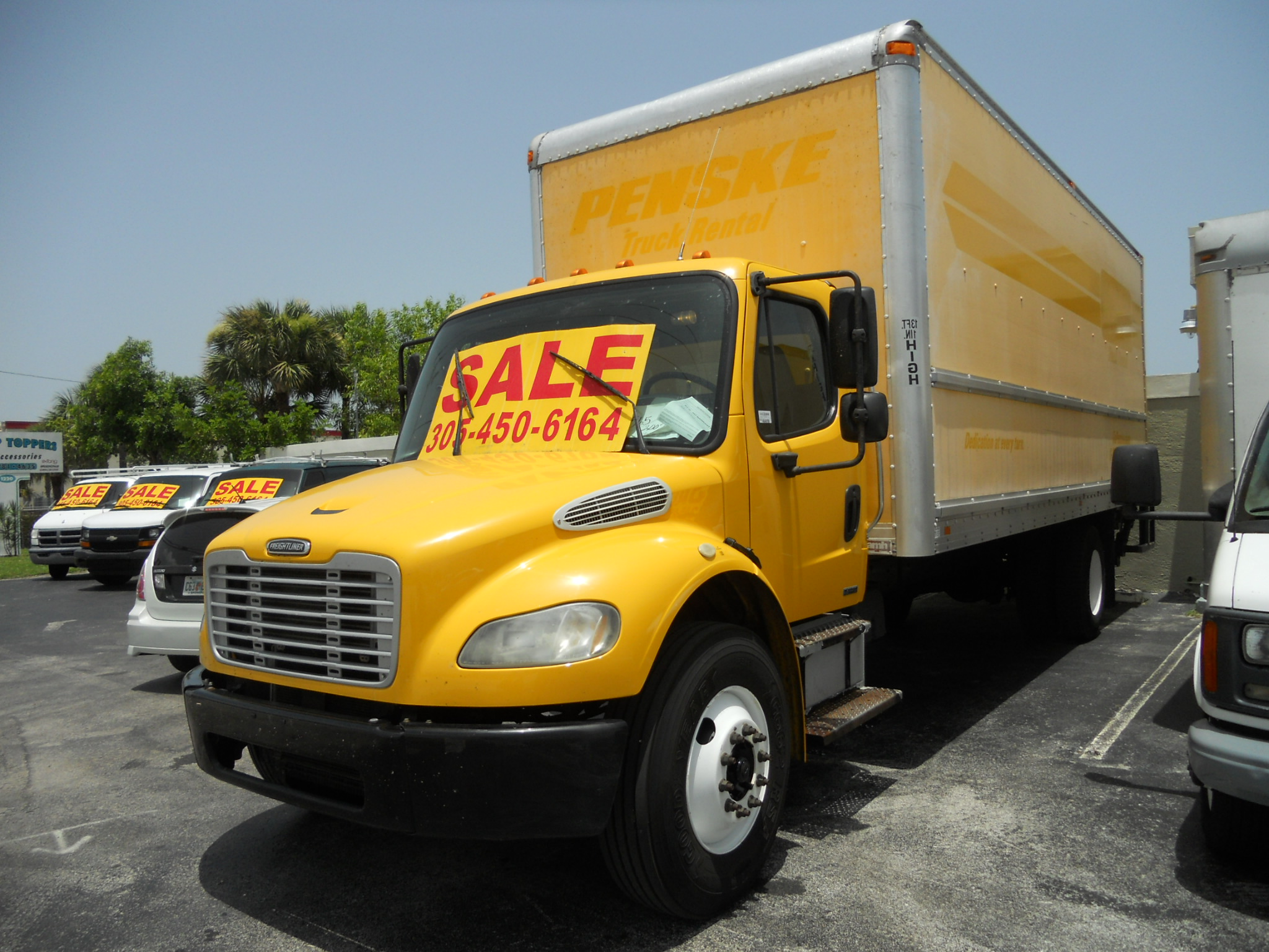 2007 Freightliner BUSINESS CLASS M2 106
