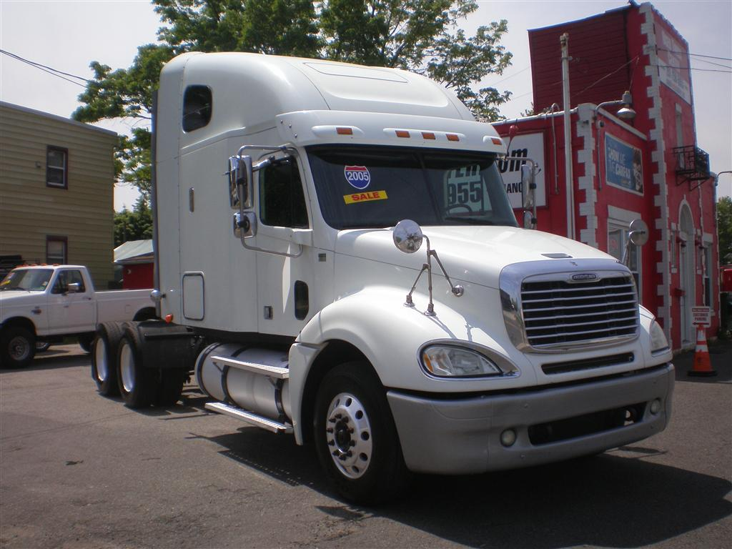 2005 Freightliner CL12064ST-COLUMBIA 120
